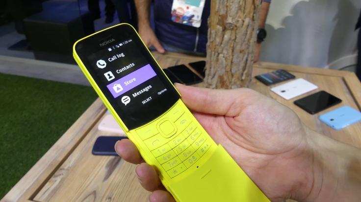 Nokia ha relanzado el 8110, el móvil de Matrix. FOTO: ANNA LLADÓ