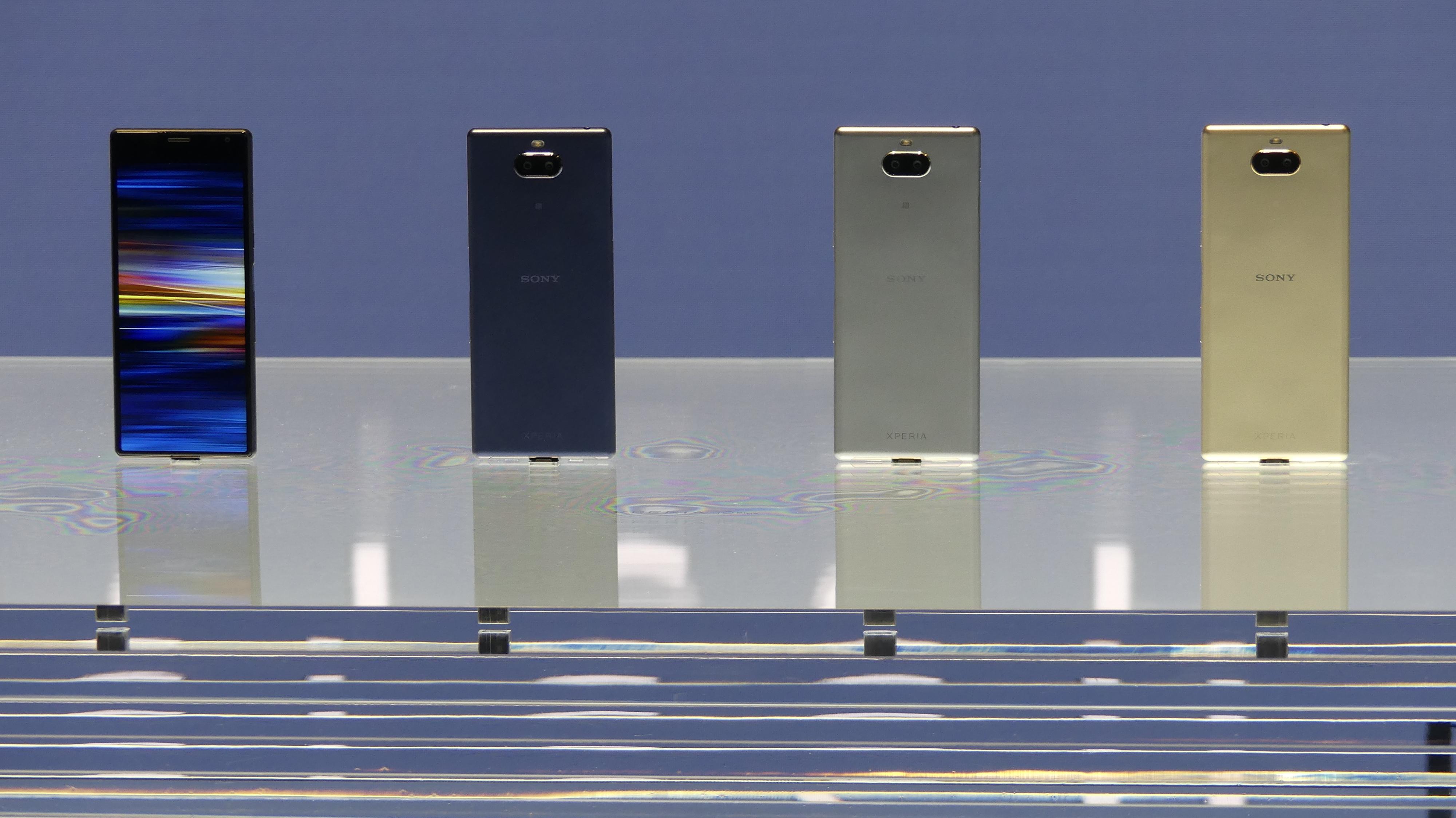 Los móviles de Sony en el MWC.