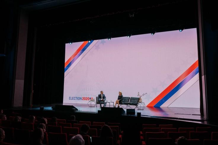 Stephen Gaisford entrevista a Sally Buzbee, de Associated Press, con la vista puesta en las elecciones presidenciales de 2020 en Estados Unidos. FOTO: STEFANO SANTUCCI PARA NEWSXCHANGE.